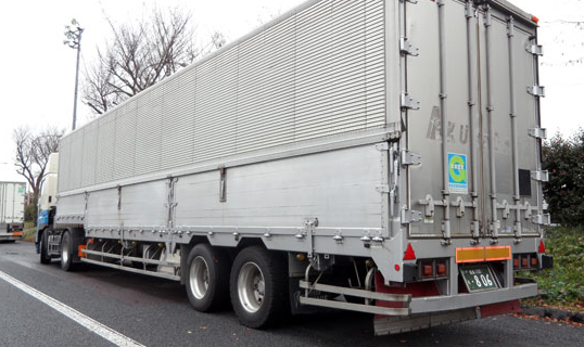 Why Not Make Side Guard Rails Mandatory on Tractor Trailers?